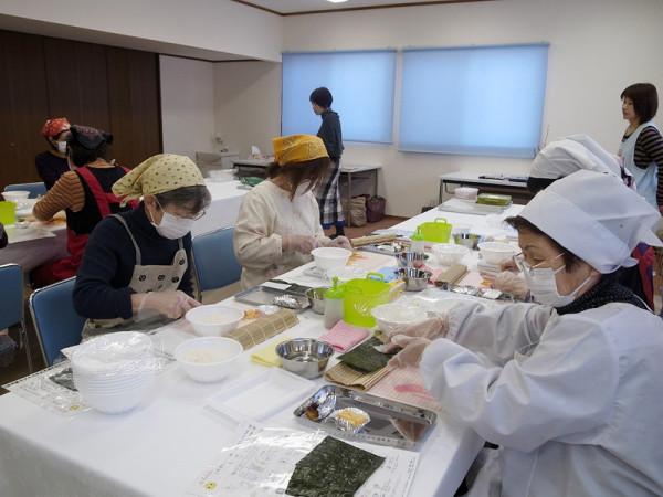 「飾り巻き寿司教室」を開催しました