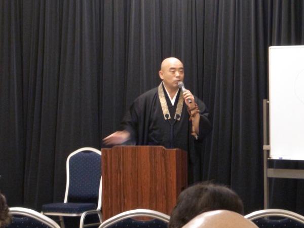 「住職さんのお話~仏教講話~」を開催しました